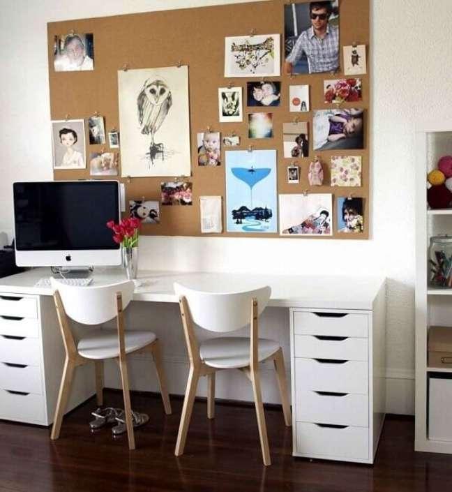 13. Escrivaninha com gaveteiro mdf branco. Fonte: Smartsrl