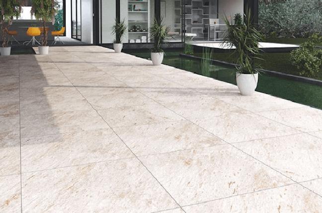 24. Cerâmica para garagem bege na área externa – Foto Pinterest