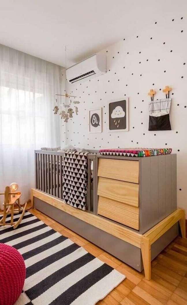 10. Berço com trocador para decoração de quarto para bebê completo – Foto: Pinterest