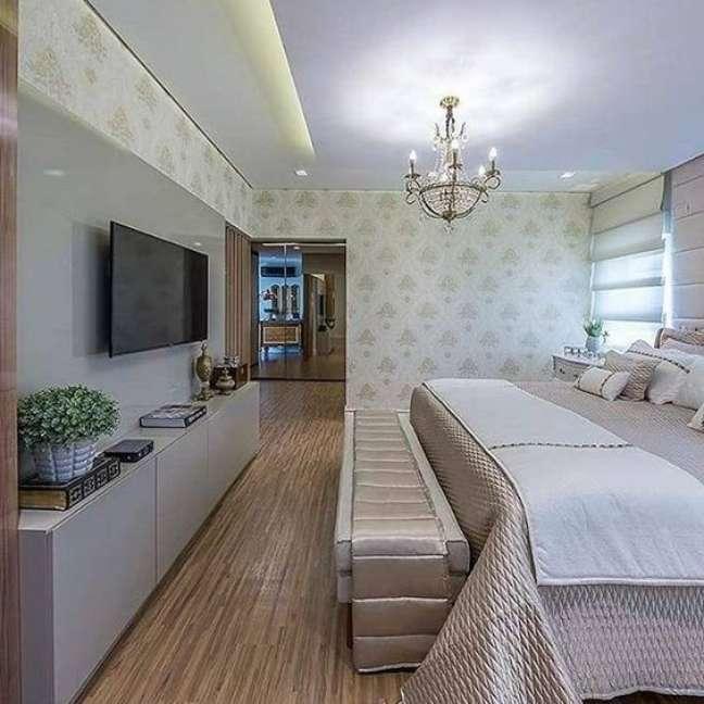 23. Rack para quarto com cama de casal grande – Foto Pinteret