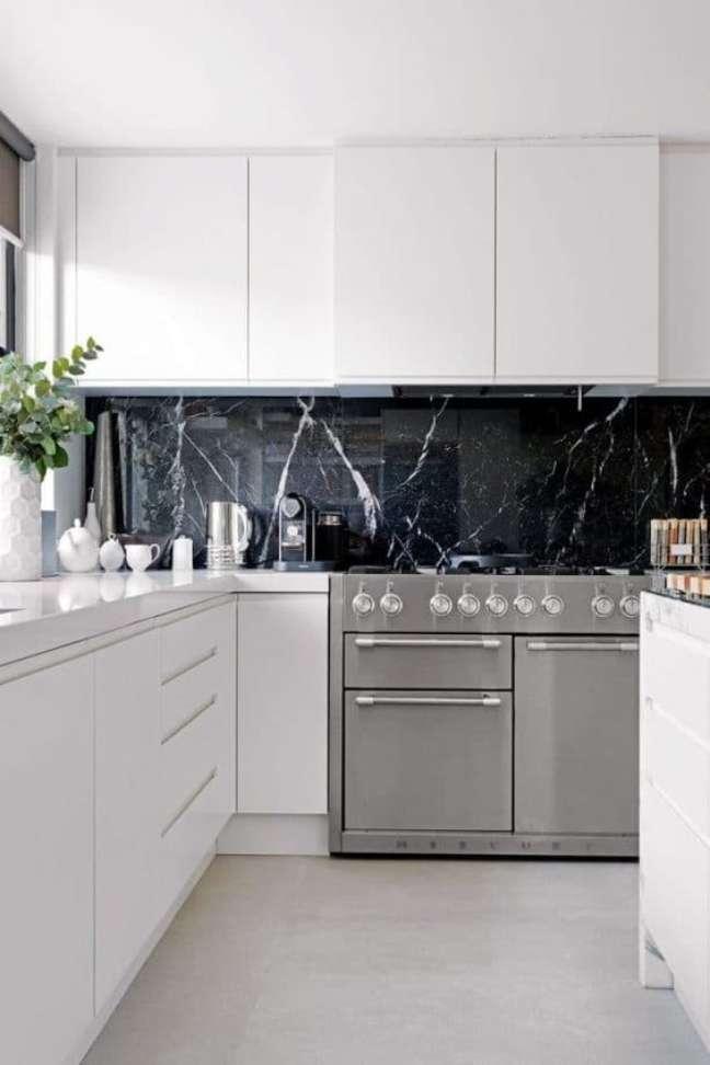 62. Revestimento para cozinha de mármore preto – Foto House Fur