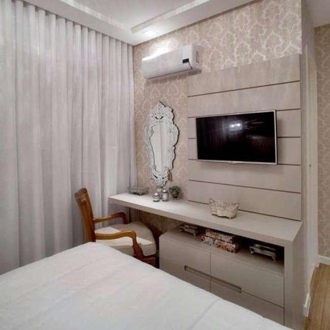 27. Rack para quarto com móveis planejados – Foto Simples Decoração