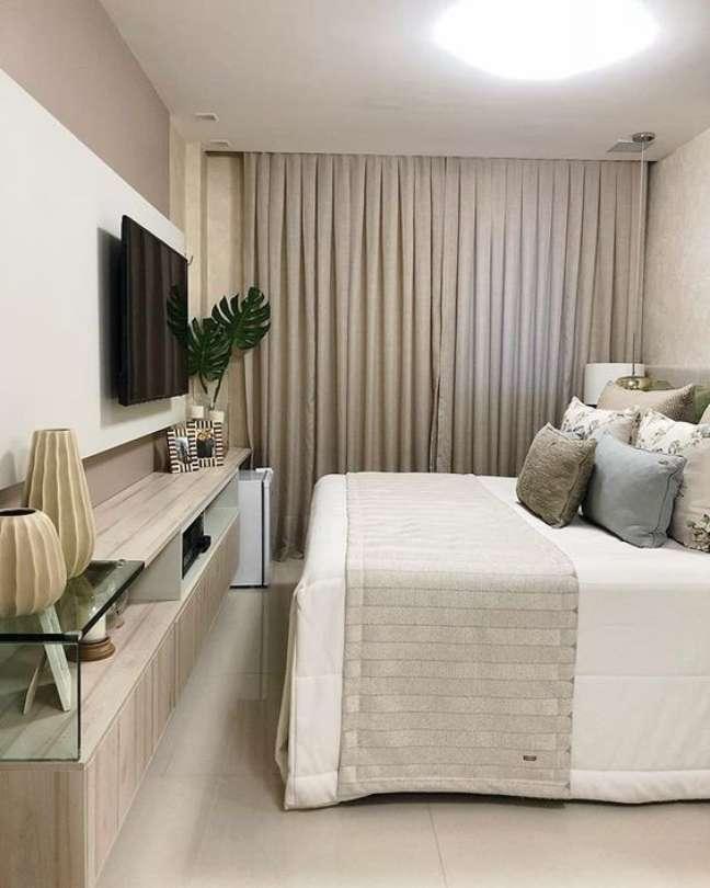 31. Rack para quarto de casal moderno – Foto Revista Vd