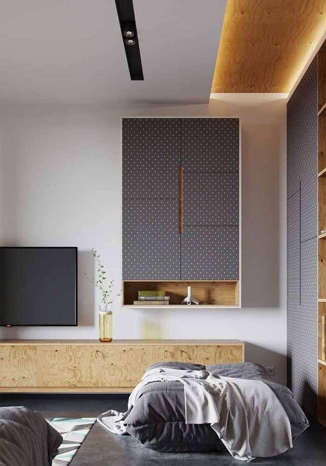 50. Rack pra quarto suspenso de madeira – Foto Pinterest