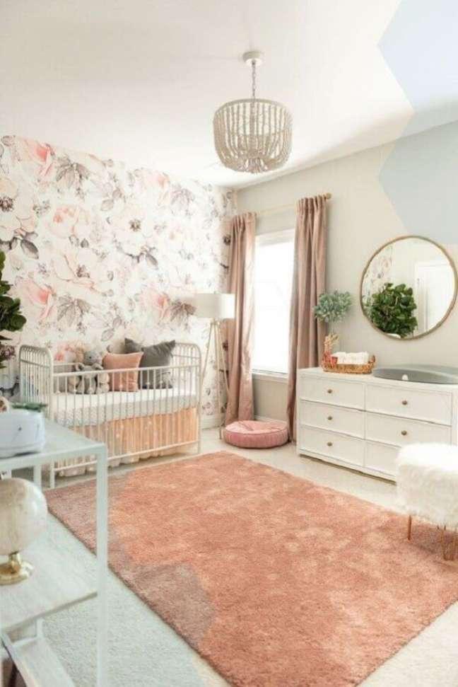 52. Tapete de lã rose no quarto de bebê minimalista – Foto Sexy Mama Maternity