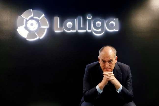 Presidente da liga espanhola de futebol, Javier Tebas, durante entrevista à Reuters na sede da entidade em Madri 27/01/2021 REUTERS/Susana Vera