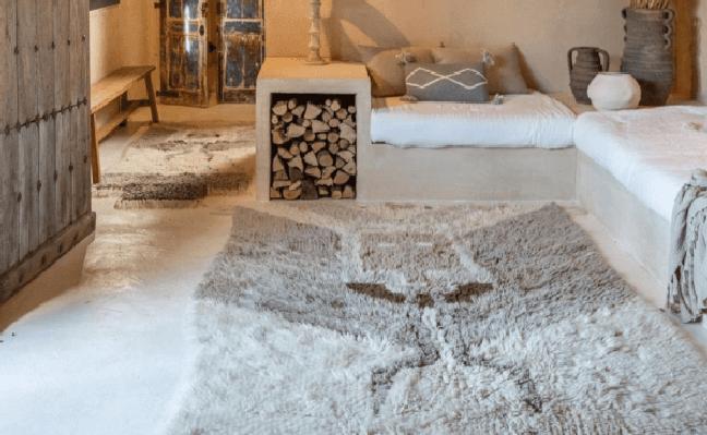 41. Tapete de lã na sala de estar rustica – Foto Cosi Home Cool e Funcional