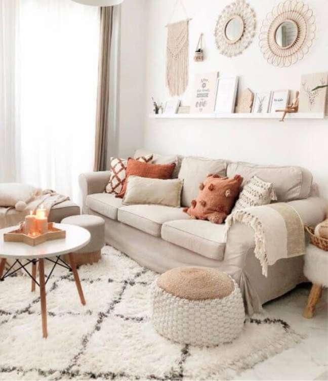 45. Tapete de lã escandinava na decoração bege e minimalista – Foto Revista VD