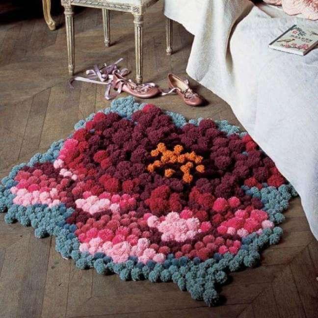 19. Quarto com tapete de lã de pompom – Foto Pinterest