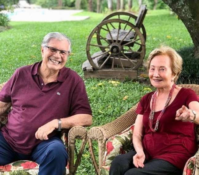 Sempre juntos e felizes por quase 60 anos: Tarcísio e Glória em uma das fazendas do casal