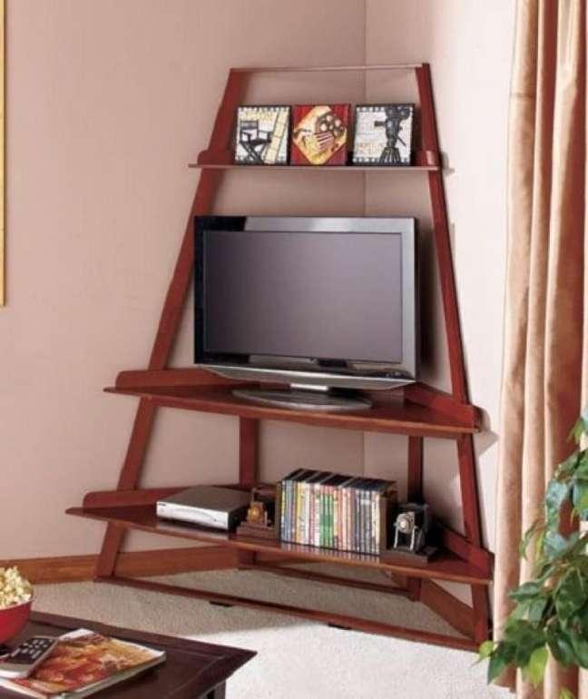 5. Estante de canto com espaço para a TV – Foto Pintererst