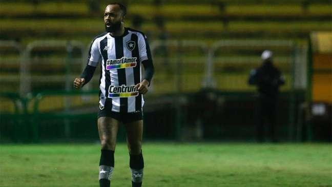 Chay marcou o gol do triunfo do Botafogo sobre o Vitória (Foto: Vítor Silva / Botafogo)