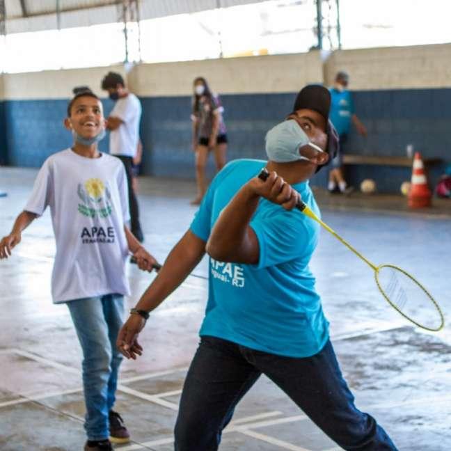 """O programa """"Itaguaí Ação, Esporte e Inclusão"""" já atende a cerca de 50 moradores de Itaguaí que possuem algum tipo de deficiência (Foto: divulgação)"""