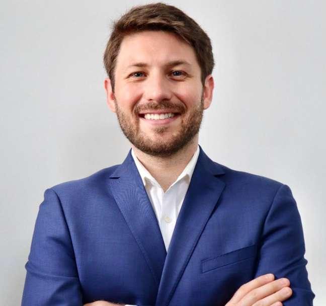 Diretor de relações governamentais do Zoom na América Latina, Nicolas Andrade