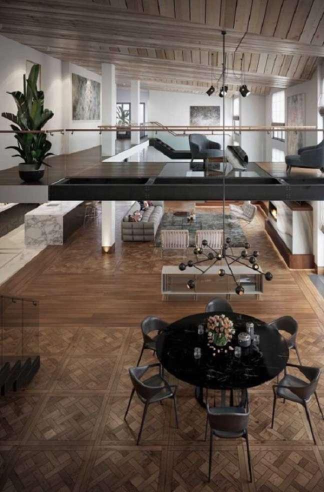 59. Amplitude e integração marcam a arquitetura com pé direito duplo. Fonte: Pinterest