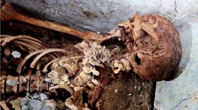 Múmia encontrada em Pompéia