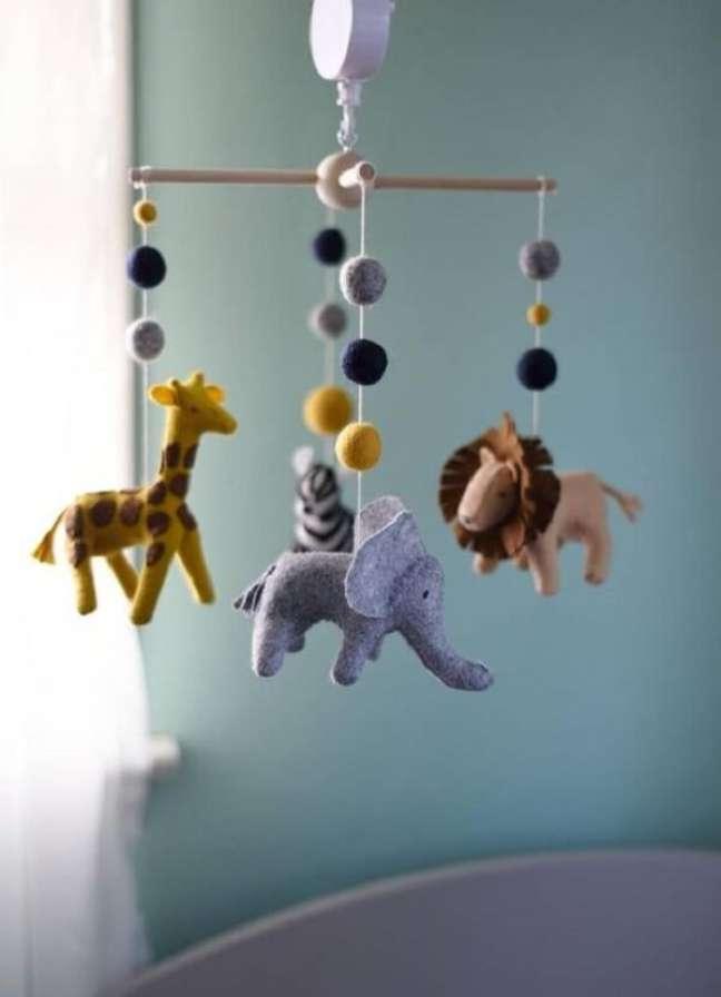 27. Móbile para decoração de quarto safari. Fonte: Etsy