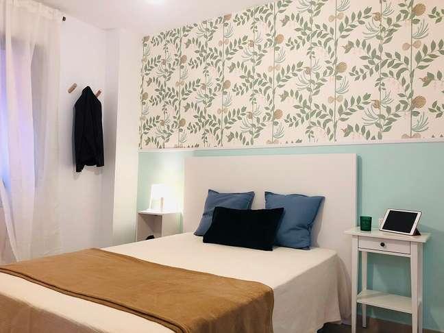 6. Alguns modelos de papéis de parede podem contar com diferentes texturas. Foto: Habitissimo