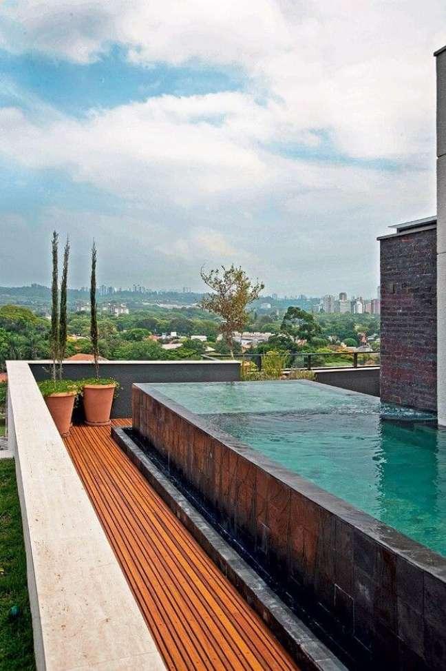 127. Use pedras para revestir as piscinas modernas – Foto Pinterest