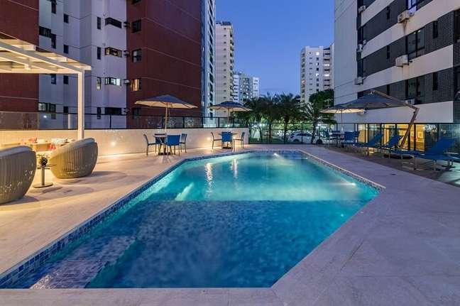 120. Prédio residência com piscina prainha – Foto Grazi Costantino