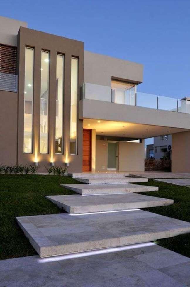 75. Ideias de cores para fachada de casas modernas em tons de bege chique – Foto Pinterest