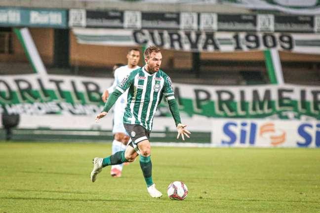 A vantagem do Coxa na liderança da Série B é de três pontos (Foto: Divulgação / Coritiba)