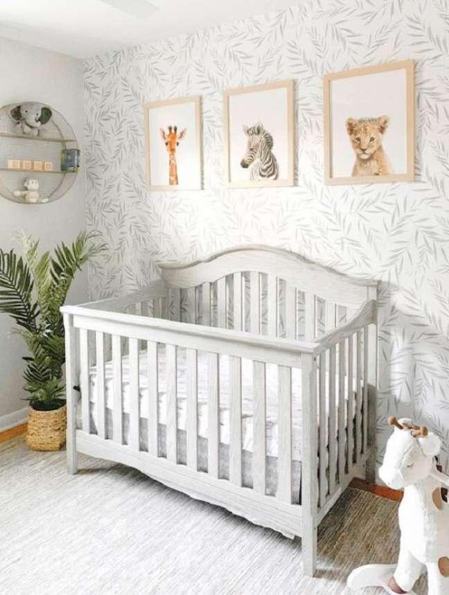 2. O vaso de planta traz um toque verde para a decoração do quarto de bebê safari. Fonte: Pinterest