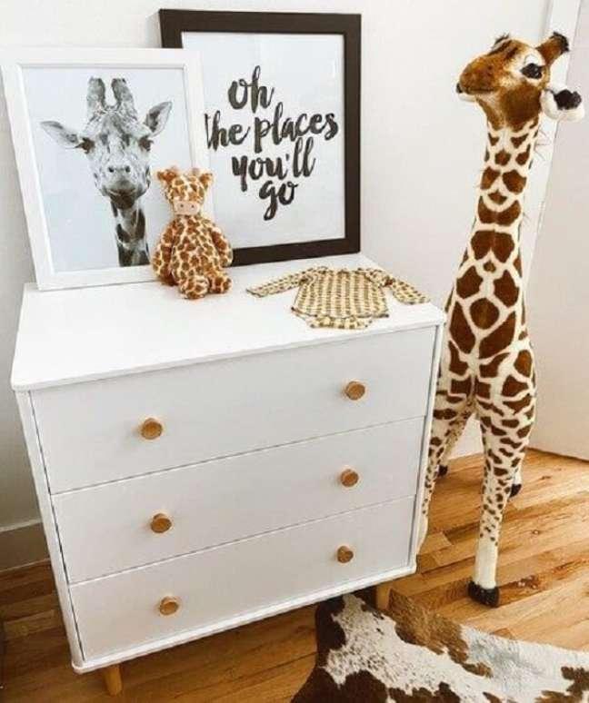 19. As girafas alegram a decoração do quarto de bebê safari. Fonte: Pinterest