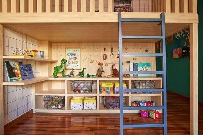 3. Móveis planejados para decoração de quarto infantil com caixas organizadoras – Foto: Renata D'Almeida para MOOUI