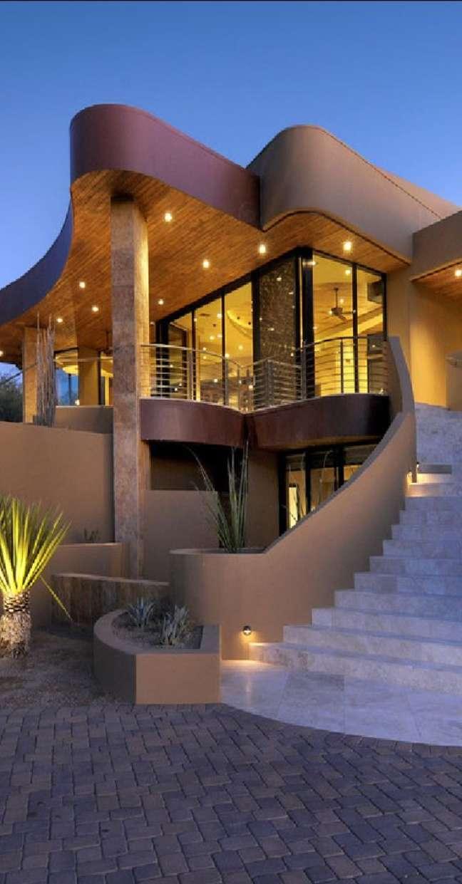 78. Mansão com cores para fachada de casas modernas – Foto Pinterest