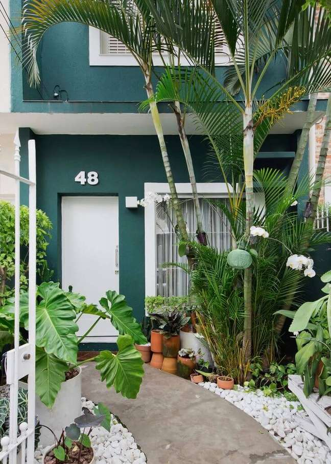 71. Ideia de cores para fachada de casas em verde esmeralda – Foto Pinterest