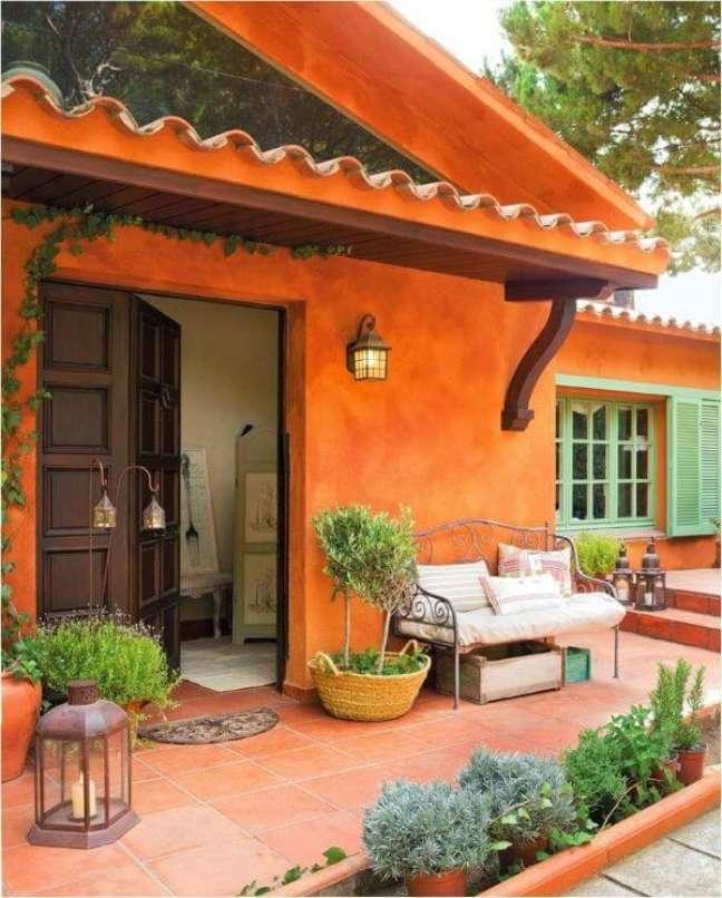 18. Cores alegres e vibrantes como o laranja são perfeitas para a fachada de casa – Foto Pinterest