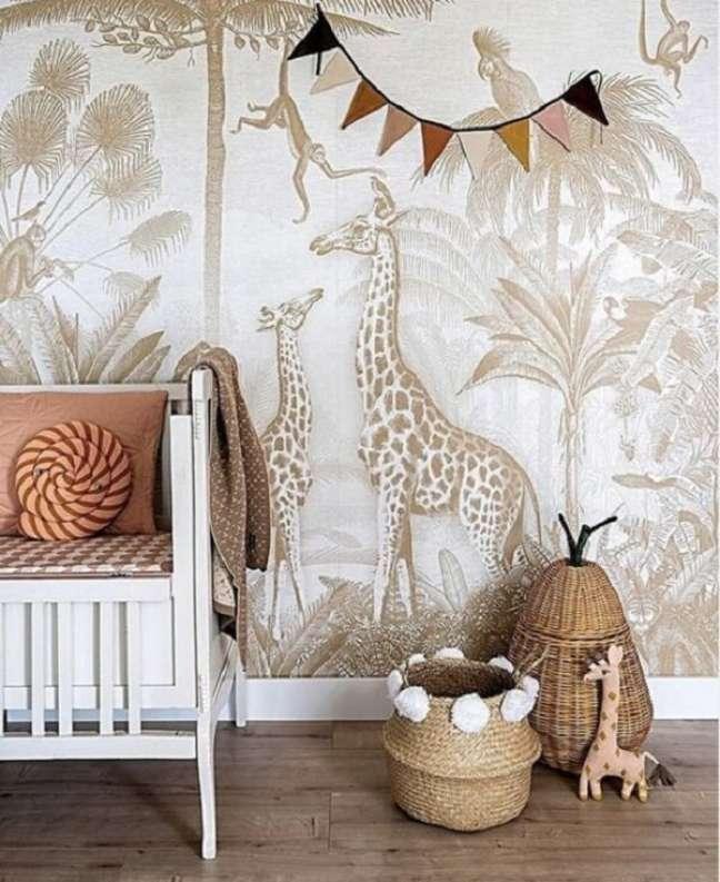 6. O papel de parede é um ótimo item para compor a decoração do quarto de bebê safari. Fonte: Pinterest