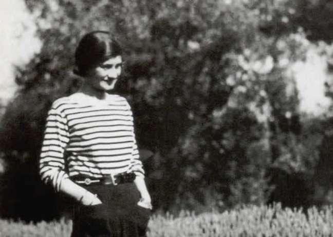 Chanel com a calça pantalona nos anos 1920