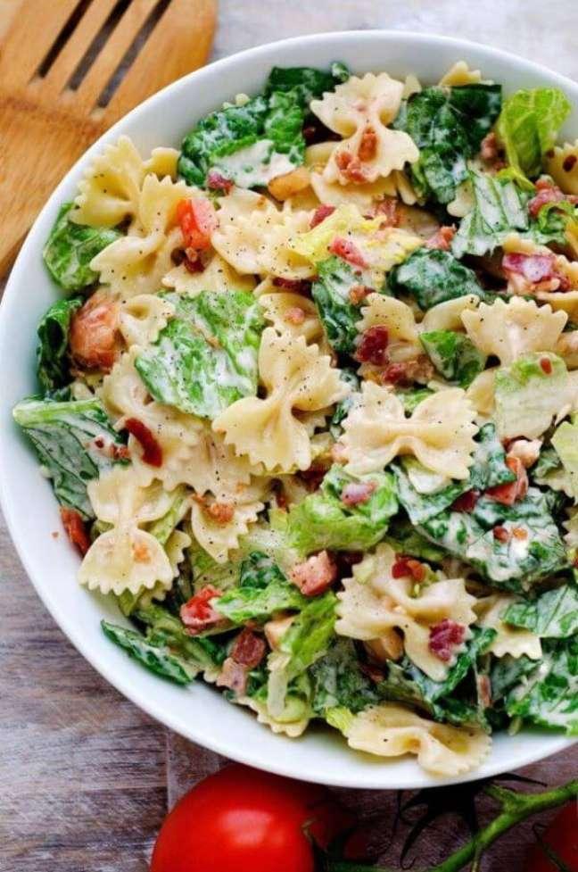 2. Almoço rápido e saudável com salada de macarrão – FotoLife in the Lofthouse