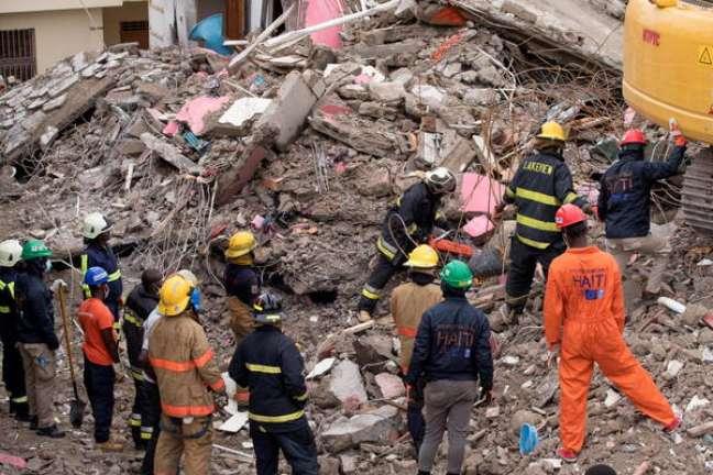 Terremoto deixou mais de 2,1 mil mortos e 12,2 mil feridos