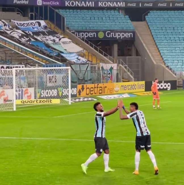 Borja chegou ao terceiro gol em quatro jogos pelo Grêmio (Foto: Divulgação/Grêmio)