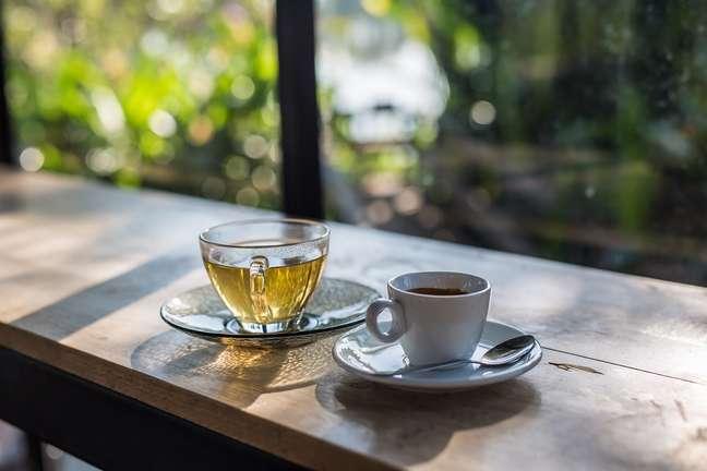 Chá verde e café