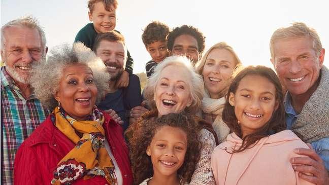 O estudo, com 6.400 pessoas, de 8 dias de idade até 95 anos, feito em 29 países, sugere que o metabolismo permanece 'sólido como uma rocha' durante a meia-idade