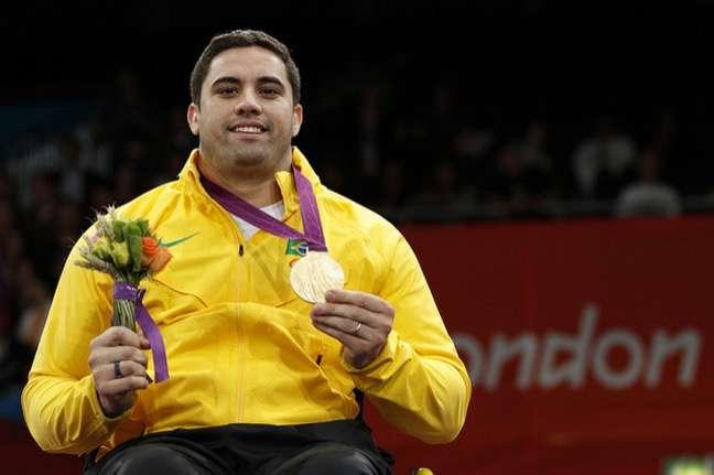 Jovane Guissone, ouro na esgrima em cadeira de rodas na Paralimpíada de Londres-2012 (Crédito: Luciana Vermell/CPB)