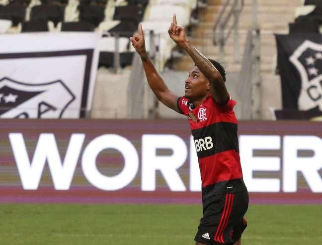 Flamengo sofre com uma atuação irregular e empata com Ceará em 1 a 1