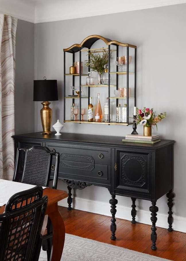 1. Sala de jantar decorada com móveis vintage – Foto Room for Tueday