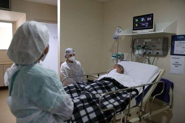 Paciente com Covid-19 no hospital Ronaldo Gazolla, no Rio de Janeiro (RJ)  18/06/2021 REUTERS/Pilar Olivares