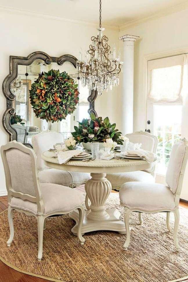 33. Moveis vintage na cor branca para sala de jantar – Foto Southern Living
