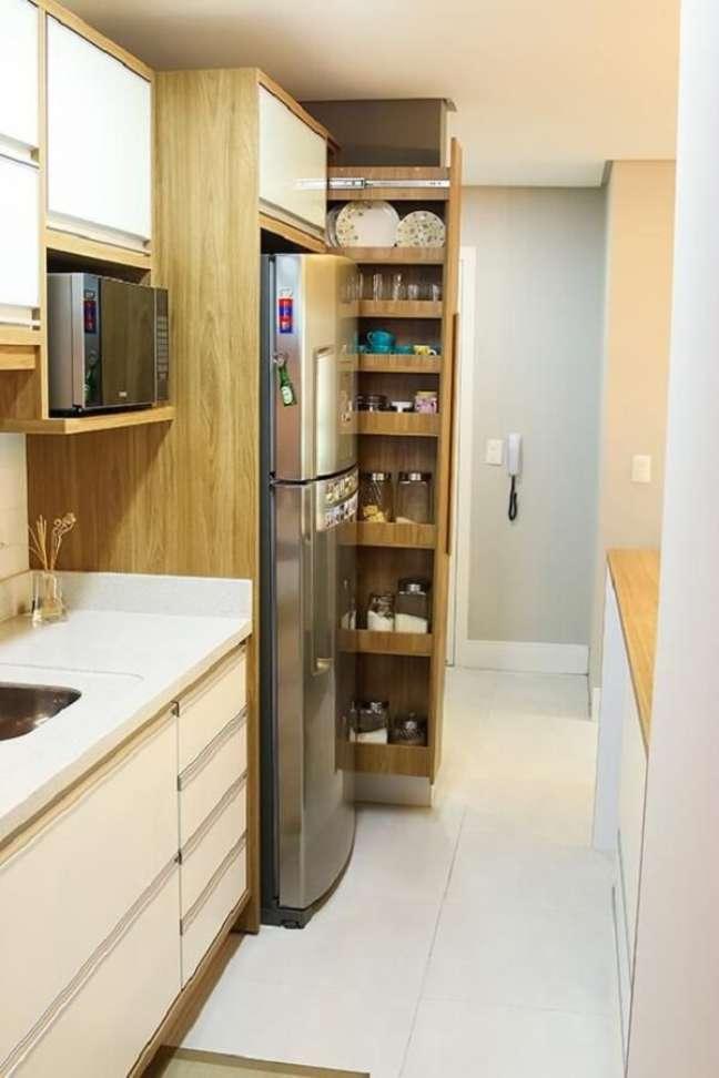 40. No feng shui decoração cozinha cada eletrodoméstico e demais utensílios tem o seu lugar certo. Projeto de Indaiá Carmo