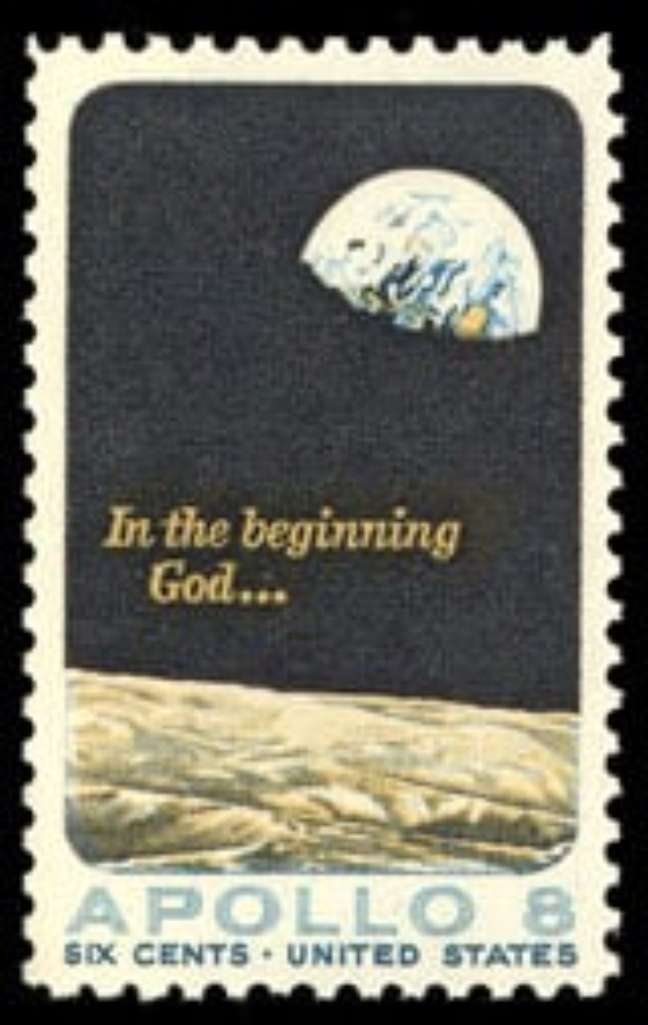 Ela não gostou nada quando o Correio Americano lançou um selo comemorativo da Apollo 8....
