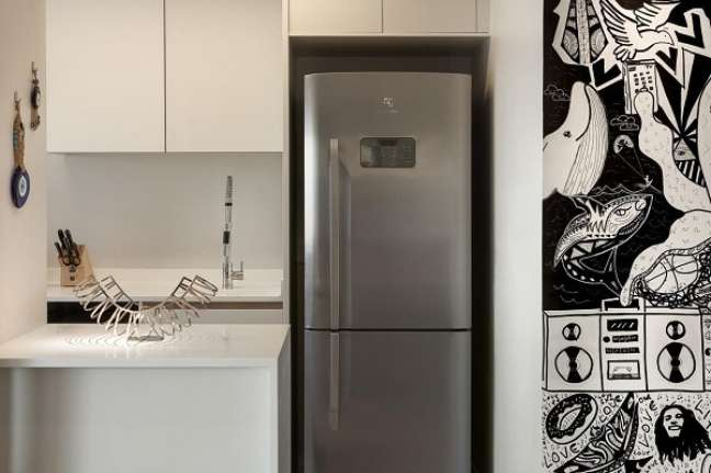 25. Feng shui cozinha: mantenha a geladeira limpa e organizada. Projeto de Ornare