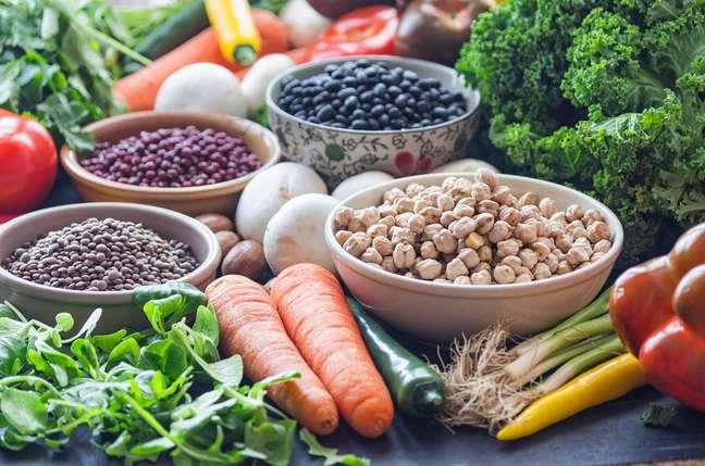 Verduras, legumes e sementes auxiliam no bom funcionamento do organismo
