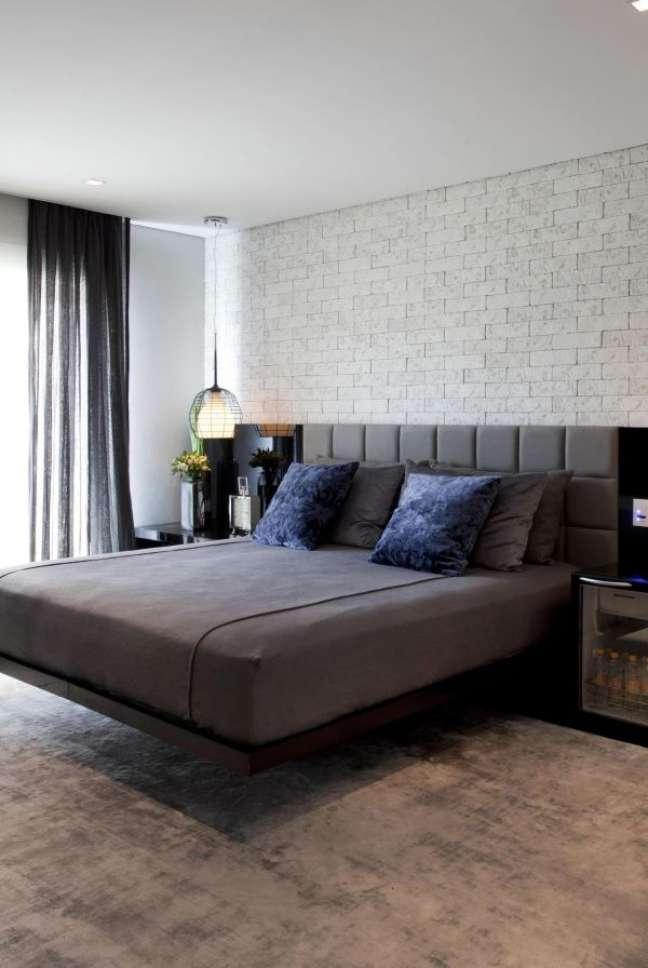 7. Como escolher colchão para cama de casal moderna – Foto Marcelo Rosset Arquitetura