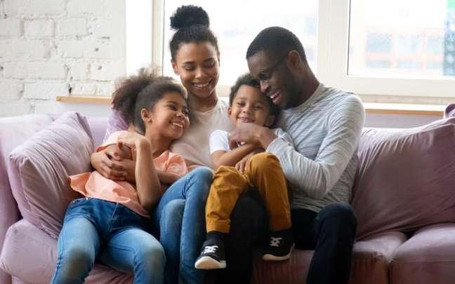 Simpatias podem ajudar a deixar o lar mais sereno para todos - Shutterstock/fizkes